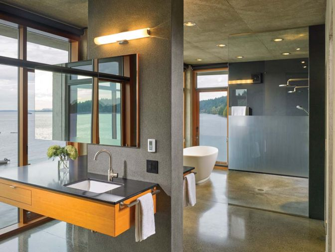 The bathroom features concrete as well as American black basalt in a flamed finish.