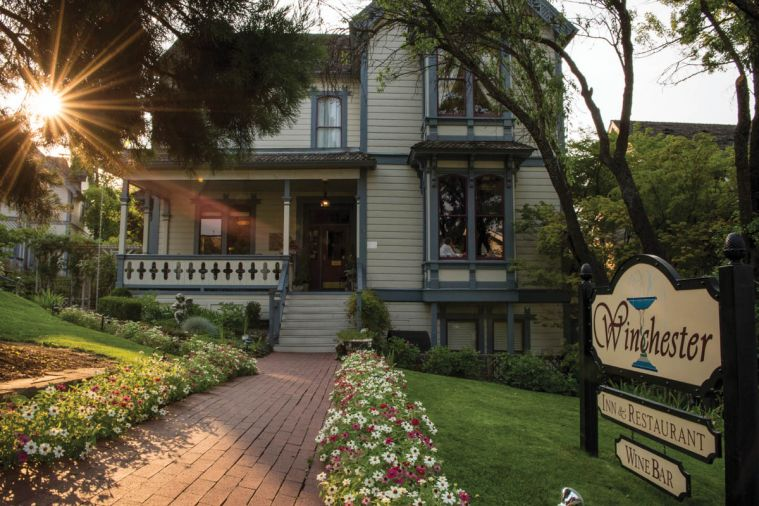 The Winchester Inn Bed and Breakfast, just two blocks from the Oregon Shakespeare Festival, offers private rooms and suites in four different houses.