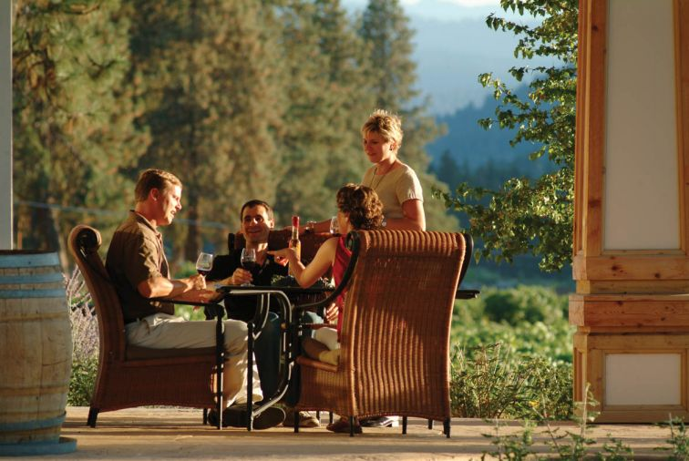 The tasting room at Valley View Winery is a lovely site to enjoy Southern Oregon wines and a picnic.